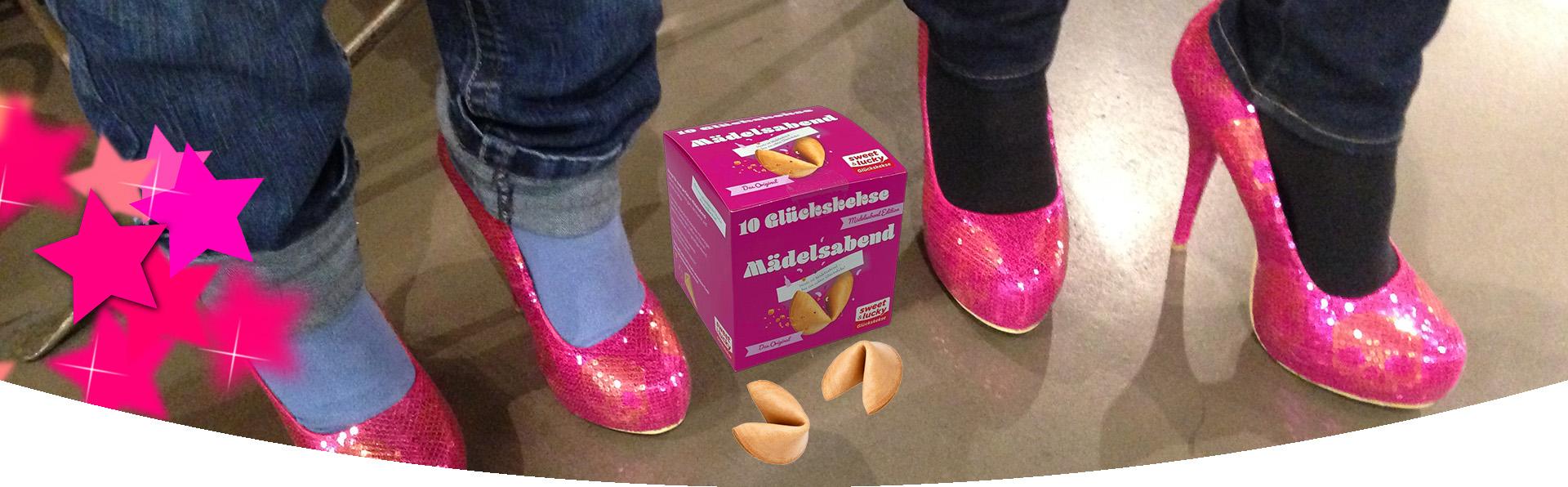 Mädelsabend-Glückskekse Faltschachtel mit Highheels in Pink